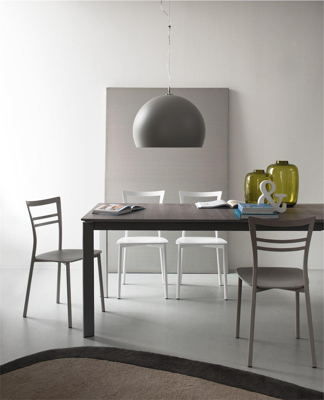 sedia go connubia by calligaris linea tavoli e sedie. Black Bedroom Furniture Sets. Home Design Ideas