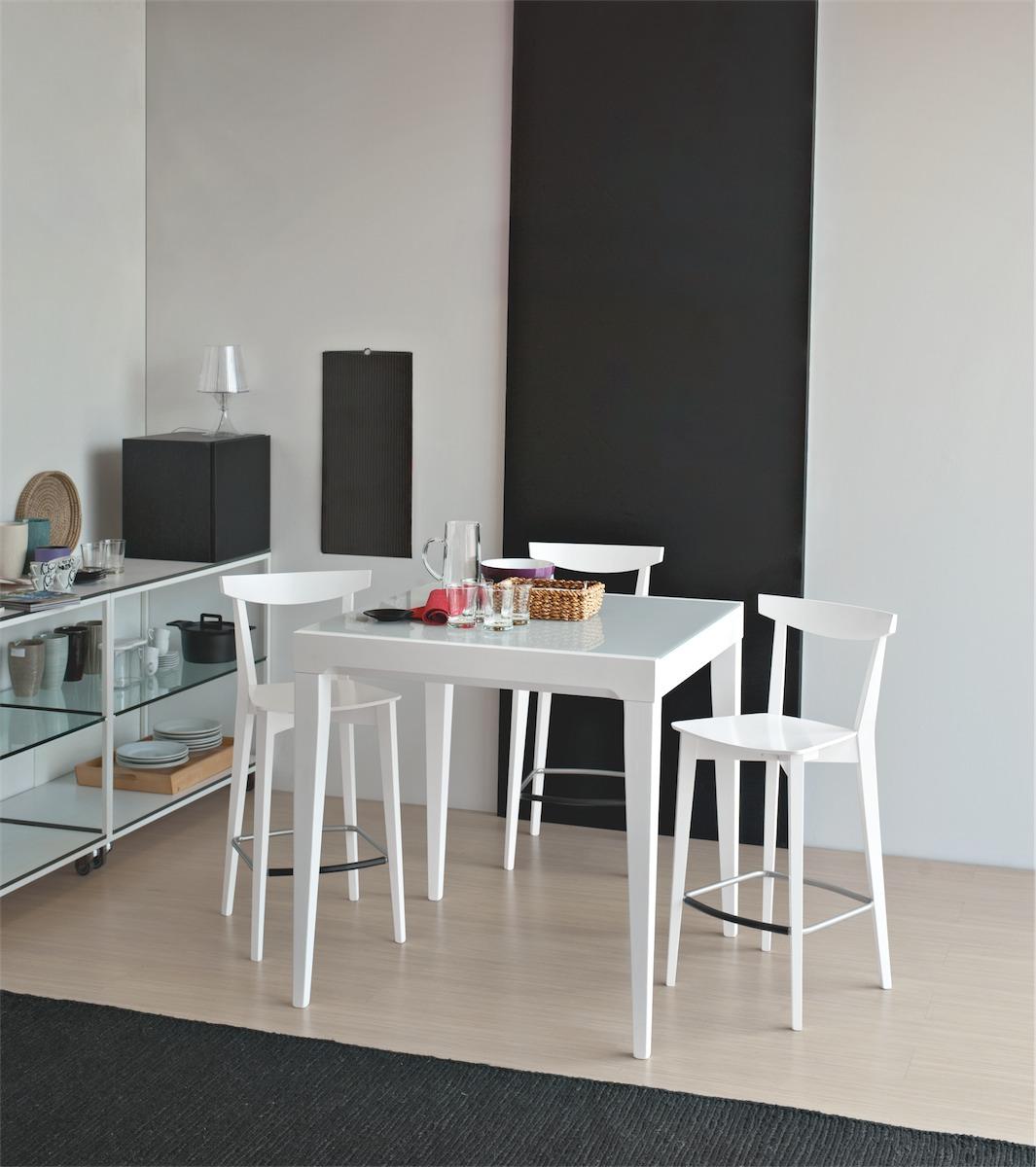 Sgabello evergreen altezza seduta 65 cm connubia by for Tavoli e sedie calligaris
